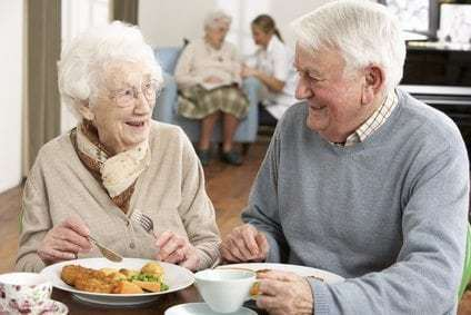benefits of living in a retirement community